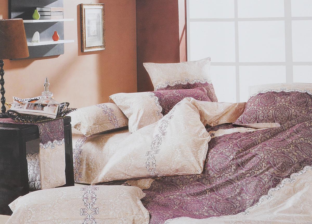 Комплект белья МарТекс Кружево, 1,5-спальный, наволочки 70х70, цвет: белый, бежевый, фиолетовыйSVC-300Комплект постельного белья МарТекс Кружево состоит из пододеяльника на молнии, простыни и двух наволочек. Постельное белье, оформленное оригинальным изображением, имеет изысканный внешний вид. Сатин - производится из высших сортов хлопка, а своим блеском, легкостью и на ощупь напоминает шелк. Такая ткань рассчитана на 200 стирок и более. Постельное белье из сатина превращает жаркие летние ночи в прохладные и освежающие, а холодные зимние - в теплые и согревающие. Благодаря натуральному хлопку, комплект постельного белья из сатина приобретает способность пропускать воздух, давая возможность телу дышать. Одно из преимуществ материала в том, что он практически не мнется и ваша спальня всегда будет аккуратной и нарядной. Приобретая комплект постельного белья МарТекс Кружево, вы можете быть уверенны в том, что покупка доставит вам и вашим близким удовольствие и подарит максимальный комфорт.