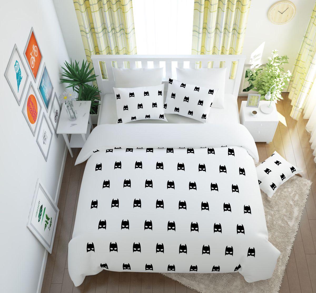 Комплект белья Сирень Бэтмен, 1,5-спальный, наволочки 50x70S03301004Комплект постельного белья Сирень состоит из простыни, пододеяльника и 2 наволочек. Комплект выполнен из современных гипоаллергенных материалов. Приятный при прикосновении сатин - гарантия здорового, спокойного сна. Ткань хорошо впитывает влагу, надолго сохраняет яркость красок. Четкий, изящный рисунок в сочетании с насыщенными красками делает комплект постельного белья неповторимой изюминкой любого интерьера. Постельное белье идеально подойдет для подарка.