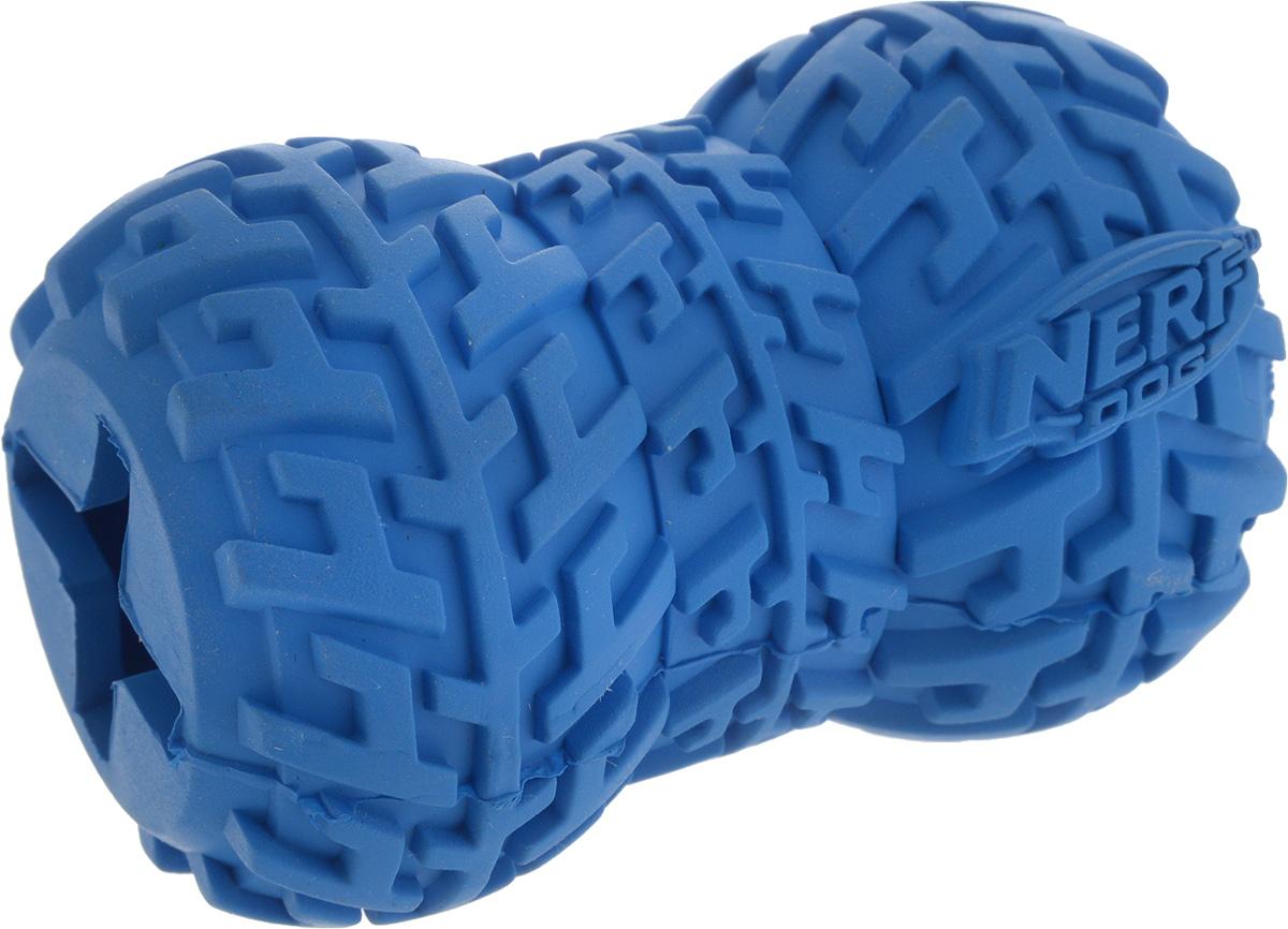 Игрушка-кормушка для собак Nerf Шина, цвет: синий, длина 7 см0120710Игрушка-кормушка для собак Nerf Шина изготовлена из сверхпрочной резины, что обеспечивает долговечность использования. Игрушка имеет уникальный рисунок протектора шины. Полость внутри игрушки предназначена для любимого лакомства вашего питомца. Подходит для собак с самой мощной челюстью.Размеры игрушки: 7 х 5 х 5 см.