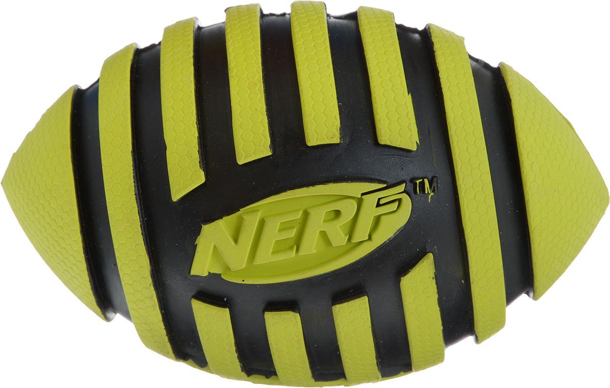 Игрушка для собак Nerf Мяч для регби, с пищалкой, длина 12,5 см75393Игрушка для собак Nerf Мяч для регби выполнена из резины в форме мяча для регби. Игрушка оснащена пищалкой, что вызовет дополнительный интерес вашего питомца. Такая игрушка порадует вашего любимца, а вам доставит массу приятных эмоций, ведь наблюдать за игрой всегда интересно и приятно. Размер игрушки: 8 х 8 х 12,5 см.