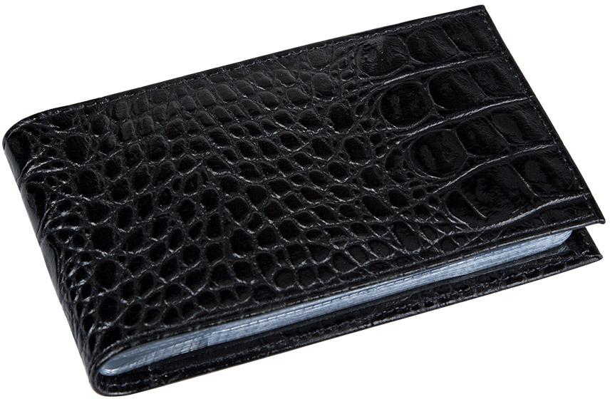Визитница женская Befler Кайман, цвет: черный. V.30.-13DS2016-004-26Визитницаиз коллекции Кайман выполнена из натуральной кожи с тиснением под рептилию. На внутреннем развороте 2 кармана из прозрачного пластика и внутренний блок из прозрачного пластика на 40 визитных и 20 кредитных карт.