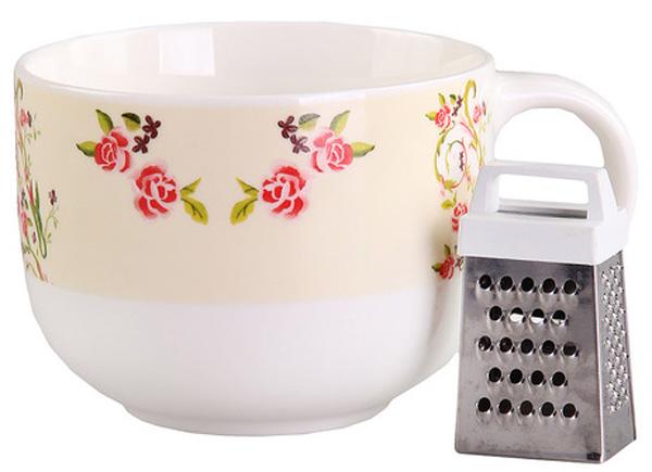 Кружка с тёркой 500 мл PATRICIA54 009312Кружка выполнена из фарфора высшего качества безупречной белизны и украшенна цветочным принтом.