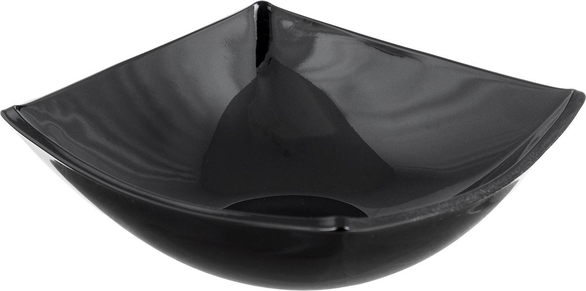 Салатник Luminarc Quadrato, цвет: черный, 14 х 14 см54 009312Квадратная тарелка Luminarc Quadrato изготовлена из ударопрочного стекла и устойчива к резким перепадам температуры. Оригинальный салатник Luminarc Quadrato выполнен в духе азиатских традиций и станет идеальным вариантом для подачи салатов тайской кухни.Тарелка не нуждается в особо бережном уходе, её можно мыть в посудомоечной машине и использовать в СВЧ.