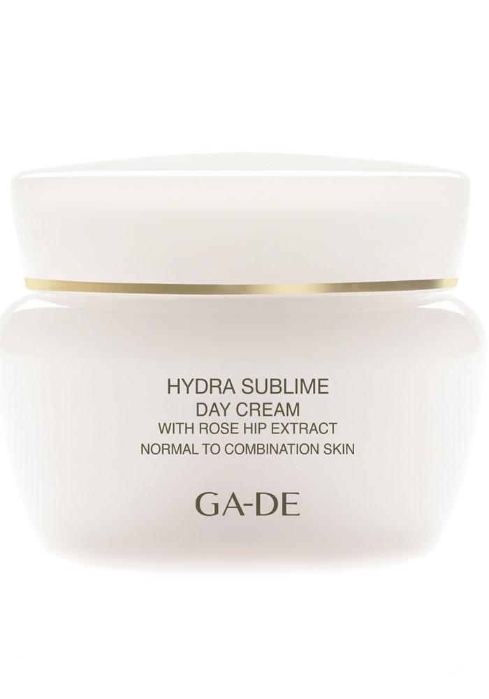 GA-DE Увлажняющий крем для нормальной и комбинированной кожи Hydra Sublime, 50 мл124200000Питательный увлажняющий крем, содержащий богатый комплекс витаминов и растительных экстрактов. Восстанавливает защитные функции кожи, повышает упругость и эластичность кожи, улучшает тонус и защищает от агрессивного воздействия окружающей среды.