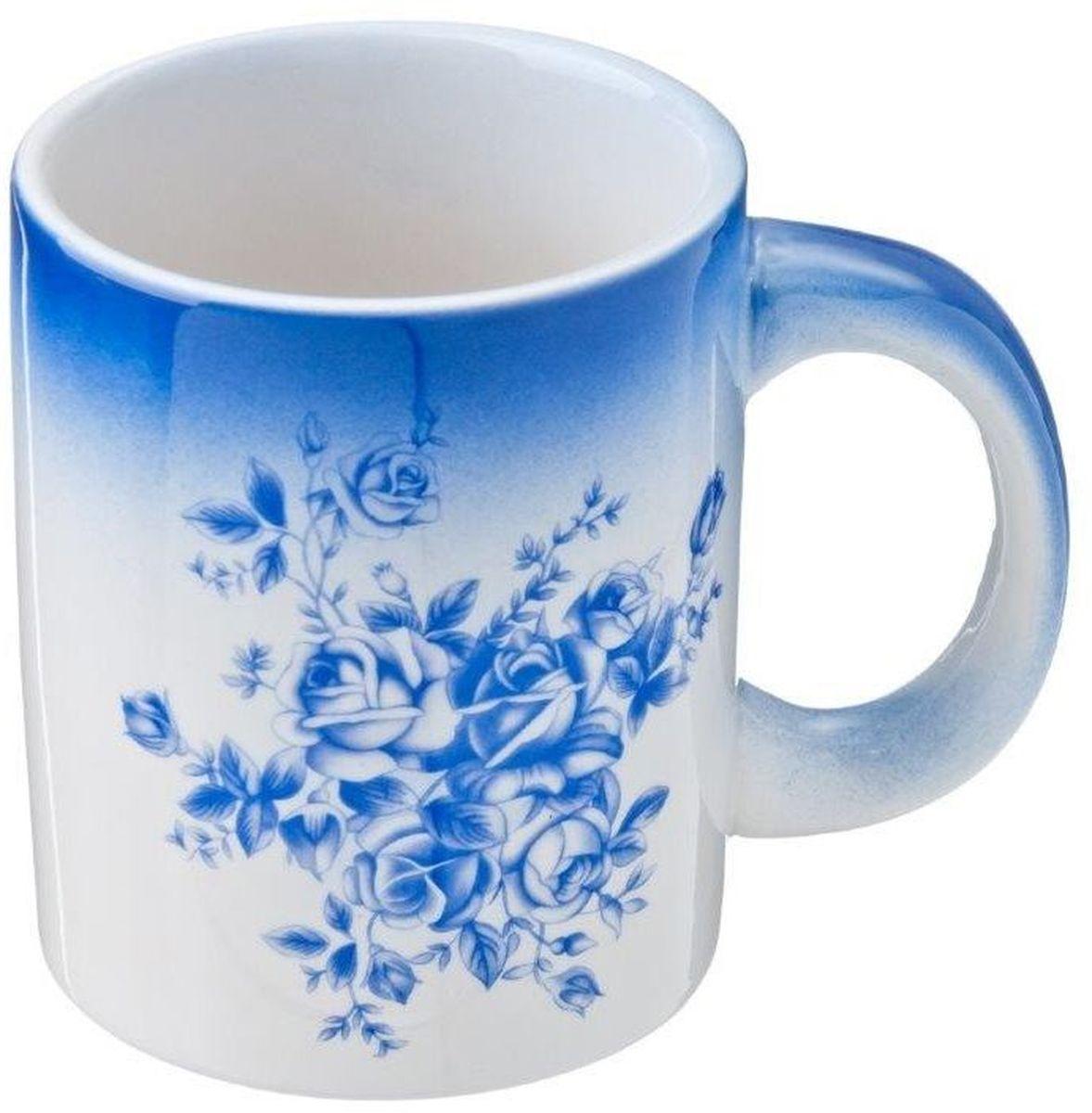 Кружка Vetta Народные мотивы, 300 мл115510Кружка Народные мотивы, выполненная из высококачественной керамики, декорирована синим цветочным узором. Изделие оснащено удобной ручкой. Кружка сочетает в себе оригинальный дизайн и функциональность. Благодаря такой кружке пить напитки будет еще вкуснее.