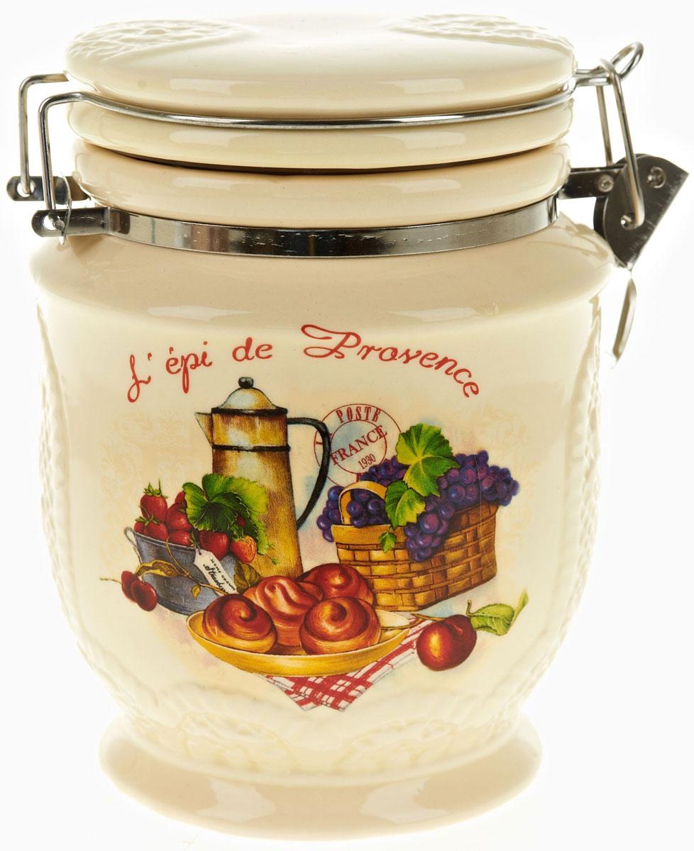 Банка для сыпучих продуктов Polystar French Breakfast, 840 млАксион Т-33Банка для сыпучих продуктов French breakfast изготовлена из прочной керамики, закрывается крышкой. Банка оригинальной формы, прекрасно подойдет для хранения различных сыпучих продуктов: чая, кофе, сахара, круп и многого другого. Благодаря силиконовой прослойке и бугельному замку, крышка герметично закрывается, что позволяет дольше сохранять продукты свежими. Изящная емкость не только поможет хранить разнообразные сыпучие продукты, но и стильно дополнит интерьер кухни.