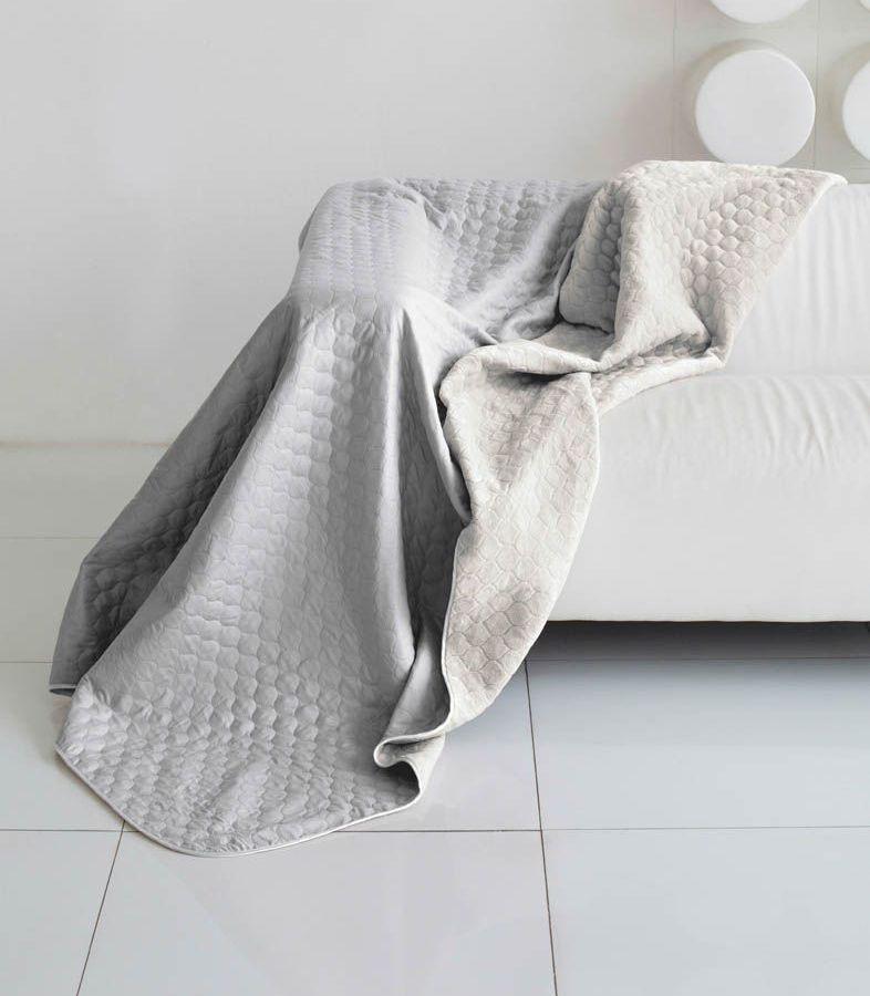 Комплект для спальни Sleep iX Multi Set, 2-спальный, цвет: серый, 4 предмета. pva221528S03301004Комплект для спальни Sleep iX Multi Set состоит из покрывала, простыни, 2 наволочек. Верх многофункционального одеяла-покрывала выполнен из мягкой микрофибры, которая хорошо сохраняет тепло, устойчива к стирке и износу, а низ выполнен изискусственного меха. Этот мех не требует специального ухода, он легко чистится и долгое время сохраняет мягкость и внешний вид. Наволочки, простыня и чехлы подушек выполнены из микрофибры. Комплект для спальни Sleep iX Multi Set - это прекрасный способ придать спальне уют и привнести в интерьер что-то новое.Размер одеяла-покрывала: 180 х 220 см.Размер простыни: 230 х 240 см.Размер наволочек: 50 х 70 см. (2 шт)Наполнитель: Силиконизированное волокно.