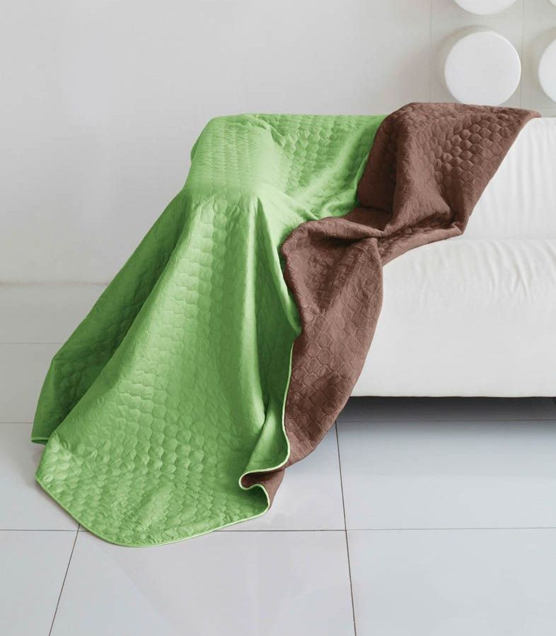 Комплект для спальни Sleep iX Multi Set, 2-спальный, цвет: салатовый, коричневый, 6 предметов. pva221591U210DFКомплект для спальни Sleep iX Multi Set состоит из покрывала, простыни, 2 наволочек и 2 подушек. Верх многофункционального одеяла-покрывала выполнен из мягкой микрофибры, которая хорошо сохраняет тепло, устойчива к стирке и износу, а низ выполнен изискусственного меха. Этот мех не требует специального ухода, он легко чистится и долгое время сохраняет мягкость и внешний вид. Наволочки, простыня и чехлы подушек выполнены из микрофибры. Комплект для спальни Sleep iX Multi Set - это прекрасный способ придать спальне уют и привнести в интерьер что-то новое.Размер одеяла-покрывала: 180 х 220 см.Размер простыни: 230 х 240 см.Размер наволочек: 50 х 70 см. (2 шт)Размер подушек: 50 х 68 см. (2 шт)Наполнитель: Силиконизированное волокно.