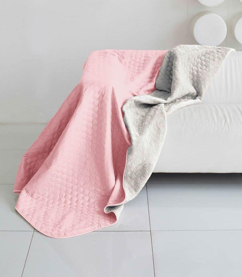 Комплект для спальни Sleep iX Multi Set, 2-спальный, цвет: розовый, серый, 6 предметов. pva221594UP210DFКомплект для спальни Sleep iX Multi Set состоит из покрывала, простыни, 2 наволочек и 2 подушек. Верх многофункционального одеяла-покрывала выполнен из мягкой микрофибры, которая хорошо сохраняет тепло, устойчива к стирке и износу, а низ выполнен изискусственного меха. Этот мех не требует специального ухода, он легко чистится и долгое время сохраняет мягкость и внешний вид. Наволочки, простыня и чехлы подушек выполнены из микрофибры. Комплект для спальни Sleep iX Multi Set - это прекрасный способ придать спальне уют и привнести в интерьер что-то новое.Размер одеяла-покрывала: 180 х 220 см.Размер простыни: 230 х 240 см.Размер наволочек: 50 х 70 см. (2 шт)Размер подушек: 50 х 68 см. (2 шт)Наполнитель: Силиконизированное волокно.