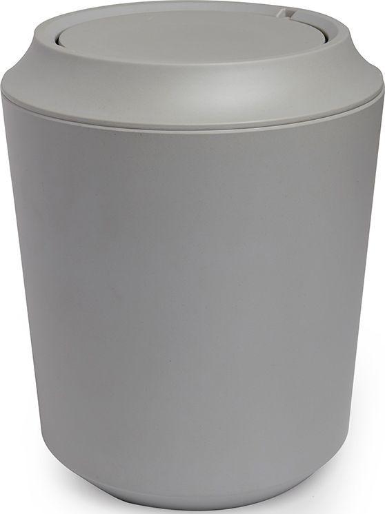 Корзина для мусора Umbra Fiboo, цвет: серый, 24,9 х 20,3 х 20,3 смRG-D31SКорзина для мусора из комбинированного материала (меламин и бамбуковое волокно), который отличает экологичность, износостойкость и уникальный матовый эффект. Удобная вращающаяся крышка легко снимается для смены пакета для мусора.Дизайн: Wesley Chau
