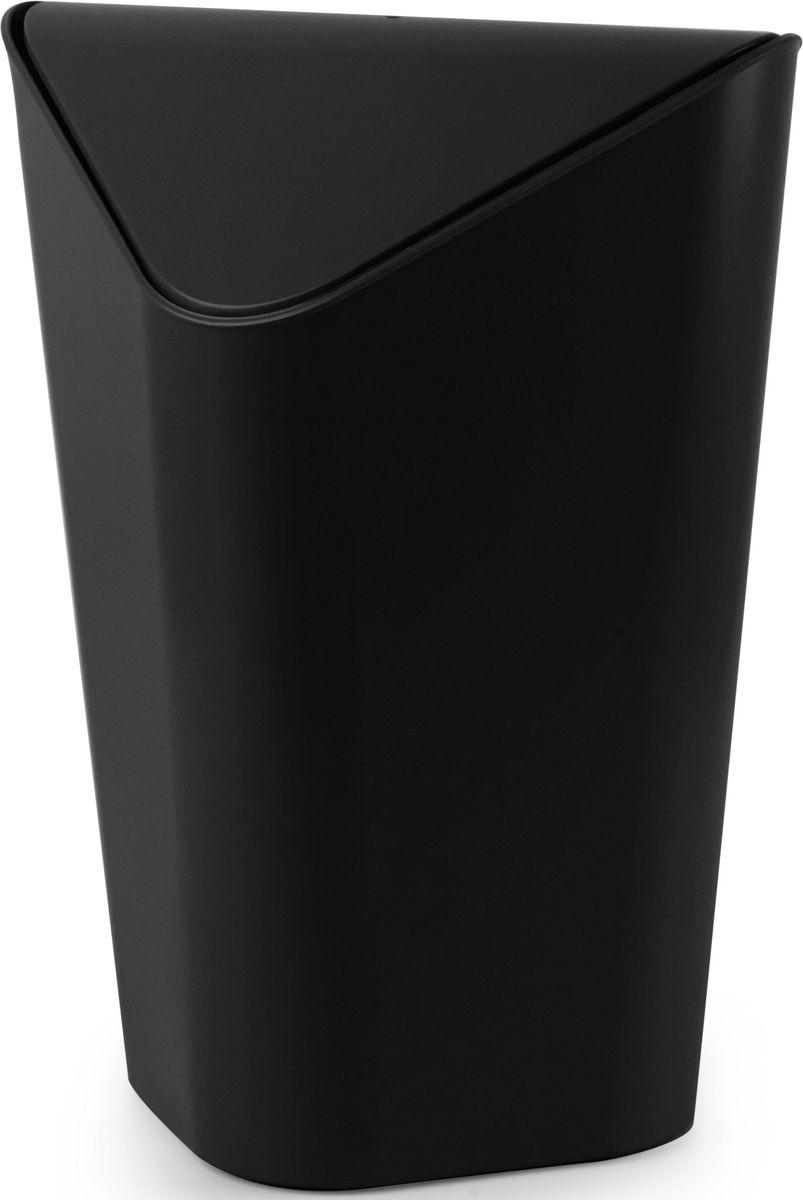 Корзина для мусора Umbra Corner, угловая, цвет: черный, 27,9 х 36,8 х 27,9 см391602Небольшая корзина для мусора, одинаково удобная для офиса, детской или ванной комнаты. Экономит место в помещении. Удобная крышка обеспечивает простоту использования. Внутреннее крепление позволяет спрятать мешок для мусора внутри ведра. ?Объем — 10 литров. Пожалуй, вы сами удивитесь, как обходились без такой удобной вещи! Дизайн: Alan Wisniewski.