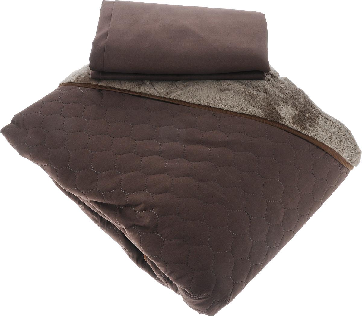 Комплект для спальни Sleep iX Multi Set: покрывало 220 х 240 см, простыня 230 х 240 см, 2 наволочки 50 х 70 см, цвет: темно-коричневый, серый10503Комплект для спальни Sleep iX Multi Set состоит из покрывала, простыни и 2 наволочек. Верх многофункционального одеяла-покрывала выполнен из мягкой высокотехнологичной ткани, которая хорошо сохраняет тепло, устойчива к стирке и износу, а низ выполнен из нежного искусственного меха. Такой мех не требует специального ухода, он легко чистится и долгое время сохраняет мягкость и внешний вид. Наволочки и простыня выполнены из микрофибры.Комплект для спальни Sleep iX Multi Set - отличный способ придать спальне уют и привнести в интерьер что-то новое. Размер покрывала: 220 х 240 см. Размер наволочки: 50 х 70 см. Размер простыни: 230 х 240 см.Комплект упакован в сумку-чехол на застежке-молнии.
