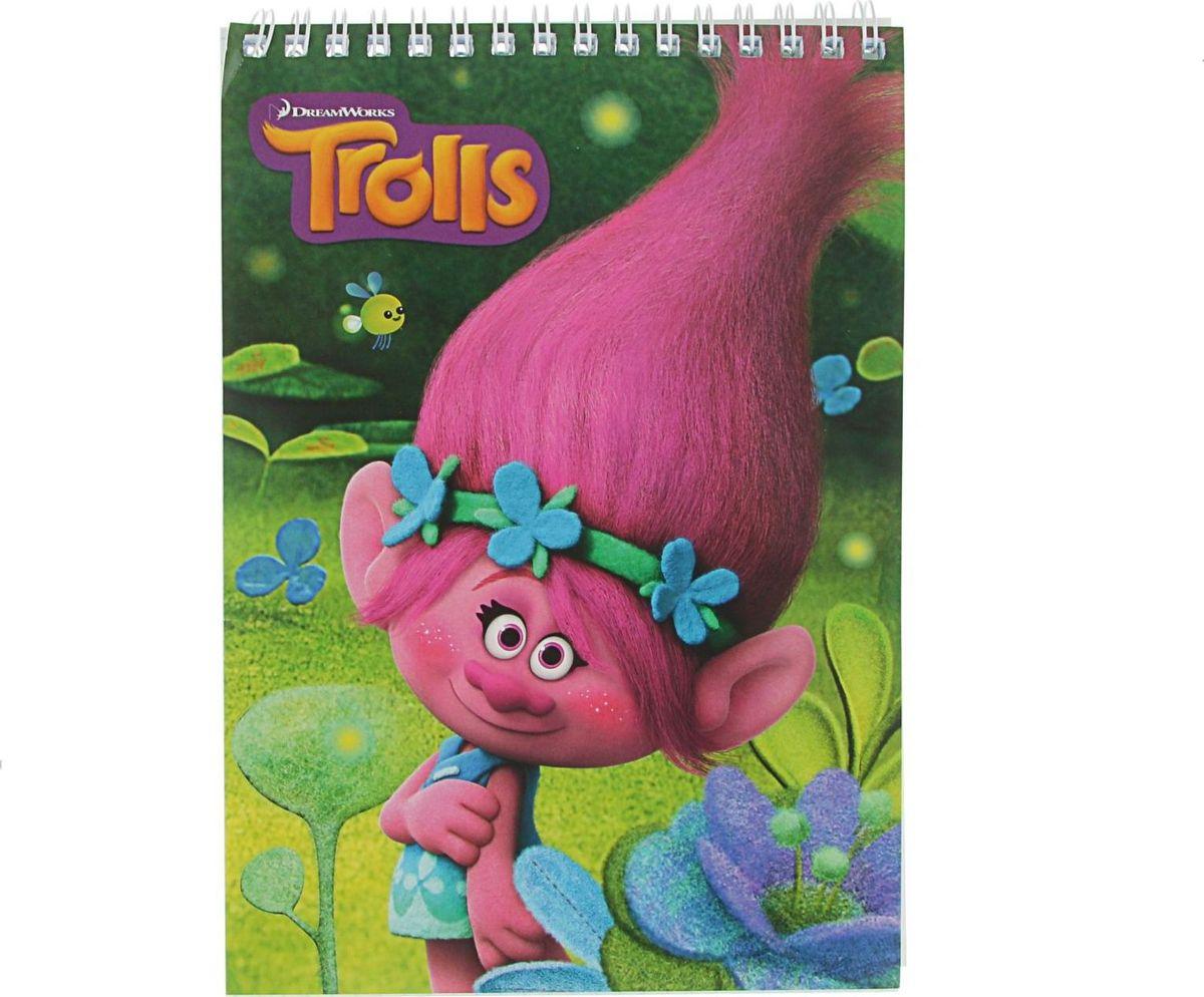 Trolls Блокнот 60 листов2379142Блокнот — компактное и практичное полиграфическое изделие, предназначенное для записей и заметок. Такой аксессуар прекрасно подойдёт для фиксации повседневных дел.Блокнот Trolls на спирали содержит 60 листов в клетку формата А5.Это канцелярское изделие отличается красочным оформлением и придётся по душе как взрослому, так и ребёнку.
