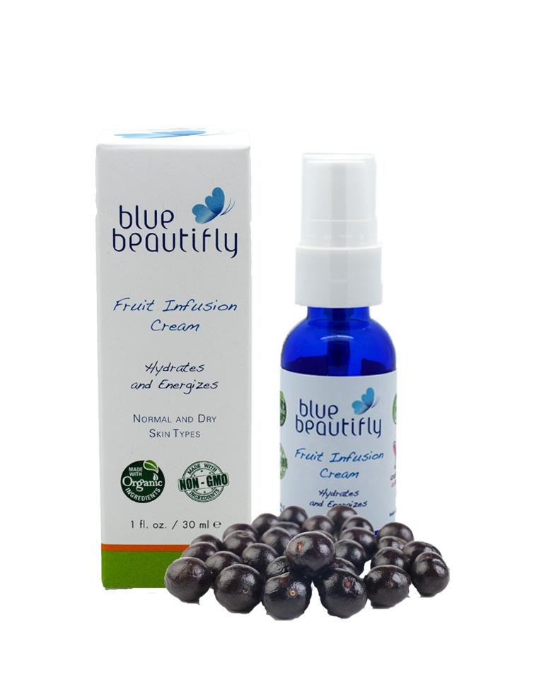 Blue Beautifly Крем для лица с экстрактами фруктов, 30 мл10366Для нормальной и сухой кожи. Крем содержит антиоксиданты и витамины органических фруктов, устраняет тусклость кожи, предотвращает обезвоживание. Восстанавливает кожу на клеточном уровне. Фруктовые энзимы Яблок, ягод: Асаи, Годжи, Бузины и Малины, а также Граната и Подорожника удерживают уровень влаги, восстанавливают кожу на клеточном уровне и улучшают цвет лица. Гиалуроновая кислота, Алоэ Вера, масла Жожоба и Ши помогают противодействовать внешним признакам старения и поддерживают её естественное обновление. Ароматерапевтическая смесь эфирных масел Мандарина, Апельсина и Померанца питает, омолаживает кожу и успокаивает нервную систему.