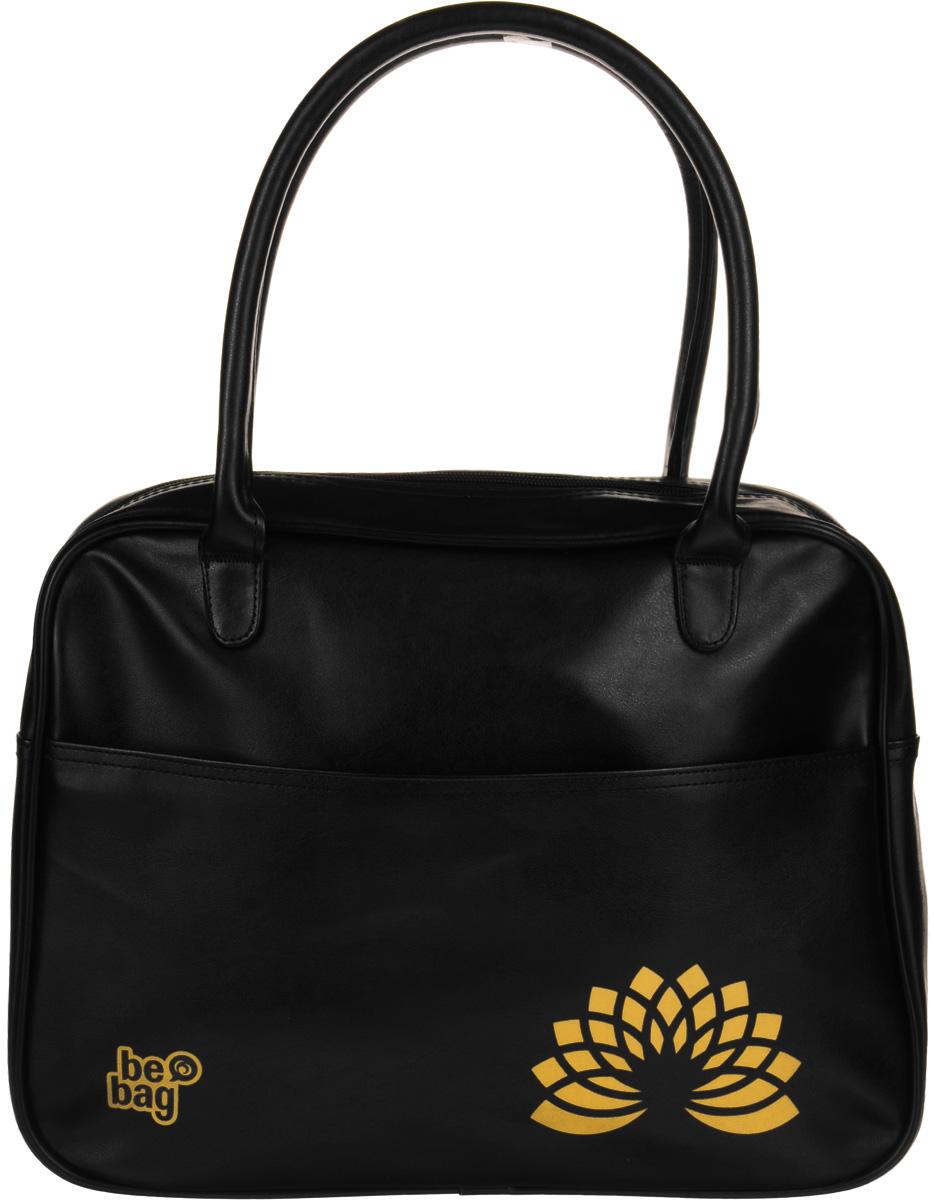 Herlitz Сумка школьная Be Bag Fashion цвет черный11005/A/2BШкольная сумка Herlitz Be Bag. Fashion выполнена из прочного износостойкого материала. Сумка состоит из одного отделения и закрывается на пластиковую застежку-молнию. Внутри расположены два открытых накладных кармашка. Лицевая часть сумки дополнена большим карманом на молнии. Изделие имеет две прочные ручки. Благодаря удобному размеру ручек, сумку можно повесить на плечо, на локоть или носить в руках. Прочная и вместительная сумка Be Bag смотрится элегантно в любой ситуации. Идеальный выбор для школы, университета или досуга.