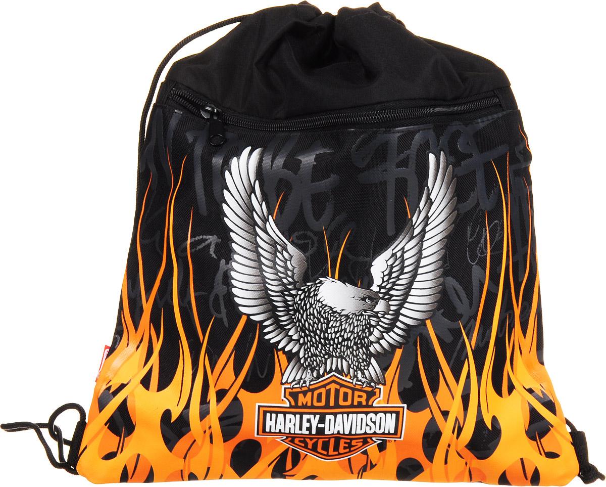 Target Мешок для сменной обуви Harley Davidson72523WDСтильная и яркая сумка Harley Davidson станет неотъемлемым атрибутом в учебе вашего ребенка. Сумку можно использовать для хранения и переноски сменной обуви в школе. Сумка имеет одно основное отделения и карман на застежке-молнии, расположенный на лицевой стороне сумки.Оформленная изображением птицы и языков пламени, сумка выполнена из прочного водоотталкивающего материала, закрывается при помощи завязок на кулисках.