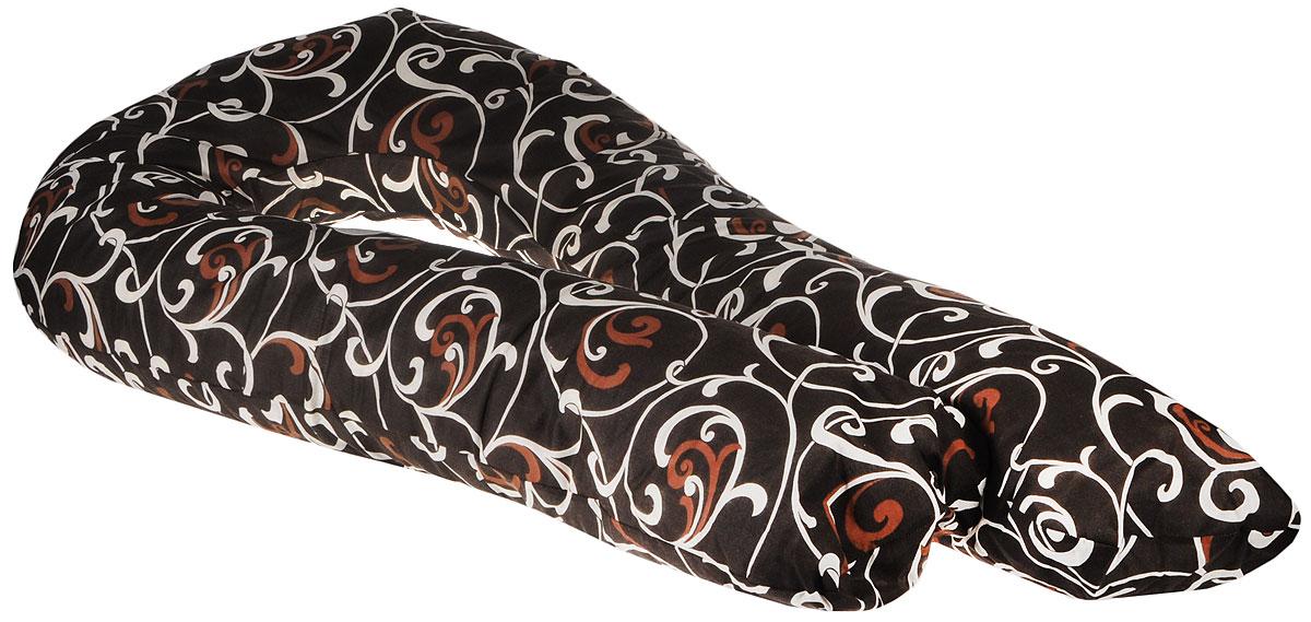 Body Pillow Подушка для беременных и кормящих U-образная цвет шоколадныйU90х150 холо бежПодушка для беременных в форме U – самая популярная и самая большая подушка, которая помогает будущей маме комфортно устроиться во время дневного и ночного отдыха. Она равномерно поддерживает спинку и растущий животик, и при переворачивании на другую сторону подушку не нужно перетаскивать за собой, она обнимает тело со всех сторон. Размер подушки 340 см по внешнему краю. За счет своих размеров подушка идеально подойдет даже очень высоким девушкам.Наполнитель подушки – шарики пенополистирола – похожи на шарики анти-стресс, но диаметром 3-4 мм - это гипоаллергенный материал, который на 80% состоит из воздуха, заключенного в микроскопические клетки из вспененного полистирола.Благодаря особенности наполнителя, подушка жесткая, практически не поддается деформации и не пружинит. Благодаря этому свойству подушка идеально подойдет и для девушек с пышными формами. Контур подушки подстраивается под форму тела (шарики распределяются под весом тела). При перемещении шариков подушка издает шуршащие звуки.В комплекте есть съемная наволочка на молнии шоколадного цвета с бежевым узором «Вензеля» из плотного поликаттона, которая будет очень эффектно смотреться в любом интерьере.