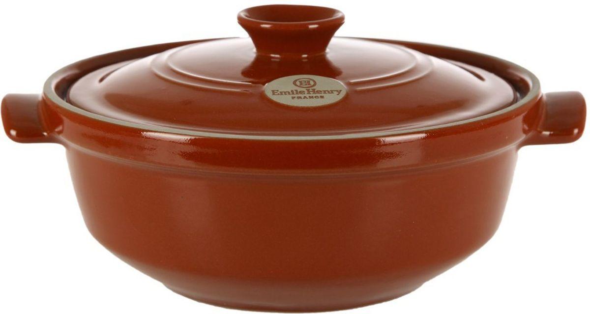 Казан Emile Henry, цвет: гранат, 3,6 л391602Универсальный казан Emile Henry идеально подойдет для приготовления блюд из риса, для тушения овощей, а также крем-супов. Изделие выполнено из высококачественной керамики.Казан упакован в цветную коробку и индивидуальный рукав, может стать отличным подарком любителям вкусно и полезно готовить.Объем: 3,6 л.