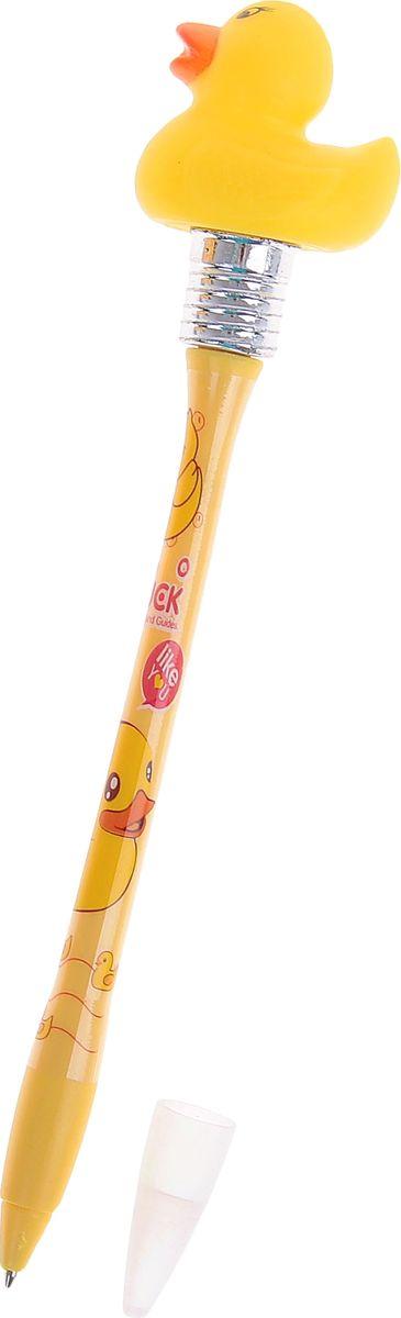 Ручка шариковая Утки с подсветкой синяя2010440Ручка с подсветкой Утки, горит от удара приведет в восторг окружающих! Шариковая ручка в необычном воплощении способна творить настоящие чудеса! Ведь этот практичный, яркий, всегда нужный предмет, которым мы пользуемся каждый день, умеет не только писать, но и поднимать настроение всем вокруг. Красочный дизайн будет дарить улыбки и море позитива — ее не захочется выпускать из рук. А если слегка постучать ей по ладони или по столу, произойдет настоящее волшебство: фигуристый наконечник ярко засветится. Такая ручка точно придется по вкусу маленьким деткам: браться за уроки они будут с большим энтузиазмом. А для взрослых будет оригинальным украшением рабочего стола и приятным напоминанием о человеке, который преподнес такой презент! Батарейки входят в комплект.
