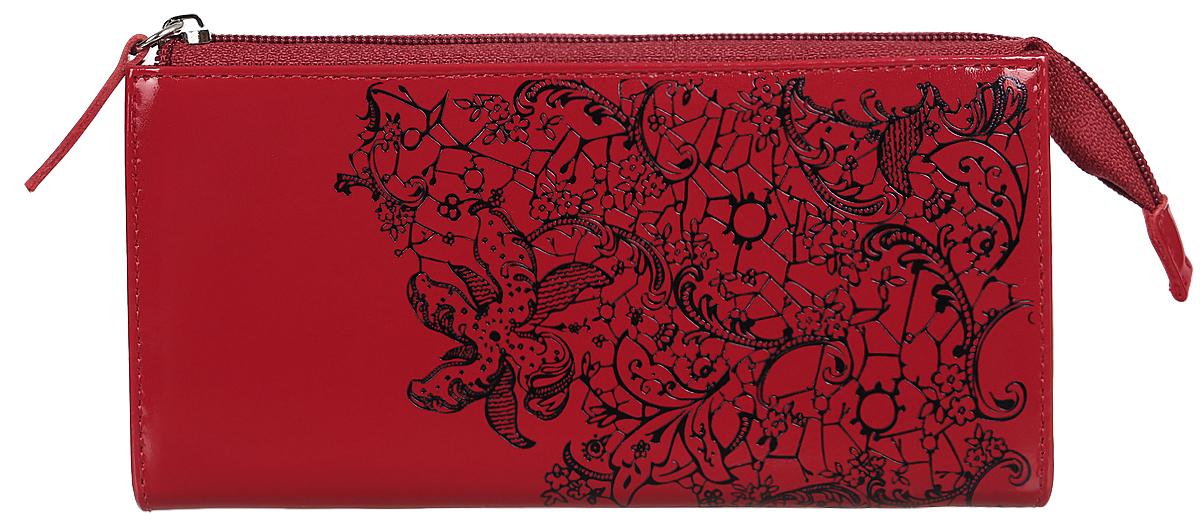 Портмоне женское Befler Гипюр, цвет: красный, черный. PJ.158.-1104-5860Портмоне Befler Гипюр выполнено из натуральной лаковой кожи и оформлено тисненым рисунком. Закрывается на молнию. Внутри расположено 3 отделения для купюр, скрытый карман, отделение для мелочи на молнии, накладной карман из кожи для кредитных карт.