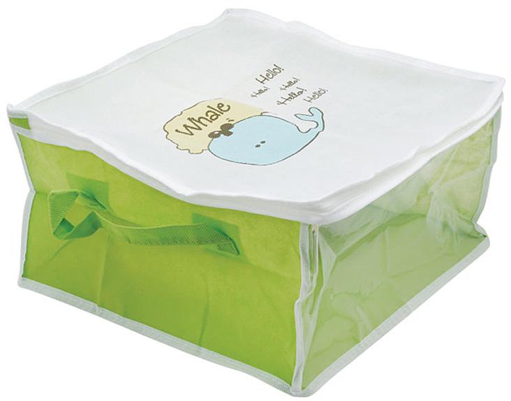 Кофр для хранения Hausmann Whale, на молнии, цвет: салатовый, белый. BA209-3TD 0033Кофр для хранения Hausmann Whale, выполненный из вискозы салатового и белого цвета, оформлен изображением забавного кита. Прозрачная вставка позволяет видеть содержимое кофра. Он прекрасно подходит для хранения одежды и белья, защищает вещи от пыли и грязи. По бокам имеется две ручки для удобной переноски. Закрывается на молнию. Такой кофр сэкономит место и сохранит порядок в доме. Легко очищается при помощи влажной ткани. Характеристики: Материал: вискоза, полиэтилен. Размер кофра: 35 см х 35 см х 20 см. Цвет: белый, салатовый. Размер упаковки: 22 см х 27 см х 3 см. Артикул: BA209-3.