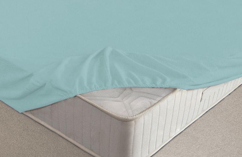 Простыня на резинке Ecotex, махровая, цвет: голубой, 140 х 200 смES-412Махровые простыни на резинке сшиты из высококачественного махрового полотна, окрашены стойкими экологически безопасными красителями. Они уже успели завоевать признание потребителей благодаря своим практичным характеристикам. Имеют резинку по всему периметру, что даёт возможность надежно зафиксировать простыню на матрасе, тем самым создавая здоровый и комфортный сон. Натяжные махровые простыни довольно практичны, т.к. махровое полотно долговечно. Выолнены из 100% хлопка и не содержат синтетических добавок.