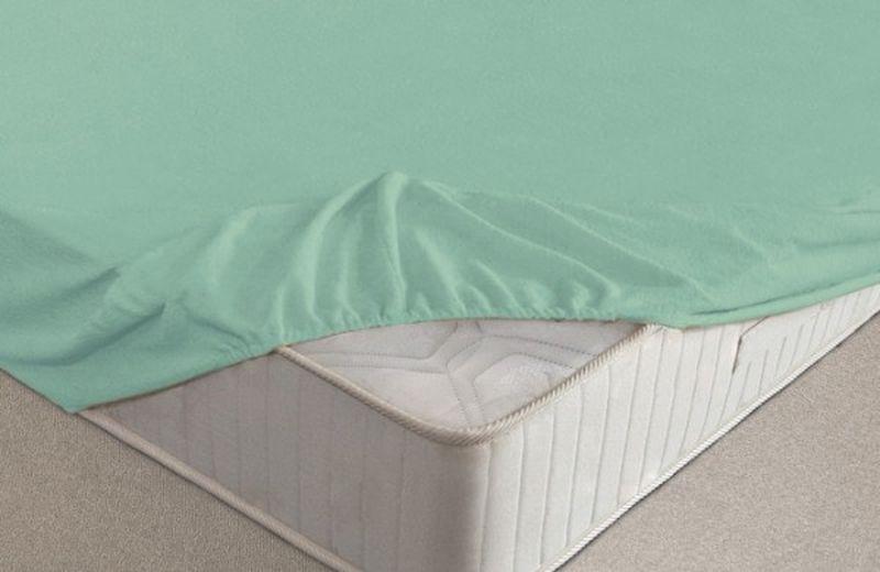 Простыня на резинке Ecotex, махровая, цвет: ментоловый, 160 х 200 смБрелок для ключейМахровая простыня Ecotex на резинке сшита из высококачественного махрового полотна, окрашена стойким экологически безопасным красителем. Имеет резинку по всему периметру, что даёт возможность надежно зафиксировать простыню на матрасе, тем самым создавая здоровый и комфортный сон.Выполнена из 100% хлопка и не содержит синтетических добавок.Натяжные махровые простыни довольно практичны, так как махровое полотно долговечно.Размер простыни: 160 x 200 см.
