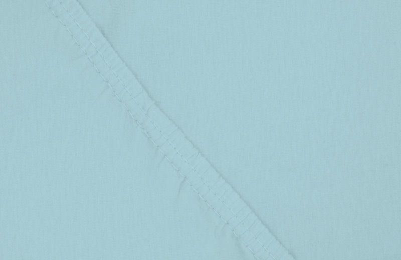 Простыня на резинке Ecotex, цвет: голубой, 160 х 200 смES-412Здоровый сон – залог хорошего самочувствия на протяжении всего дня. Простыня на резинке по всему периметру – это очень удобно! Она всегда ровно, без единой морщинки, застилает матрас. Легко заправляется и фиксируется с помощью «юбки» с резинкой по всему периметру. Нежное прикосновение к телу бархатного на ощупь хлопка, мягкая фактура ткани – вот основное преимущество трикотажных простыней на резинке. Они практичны в уходе, не требуют глажения после стирки, мягкие, экологичные, защищают матрас от загрязнений.