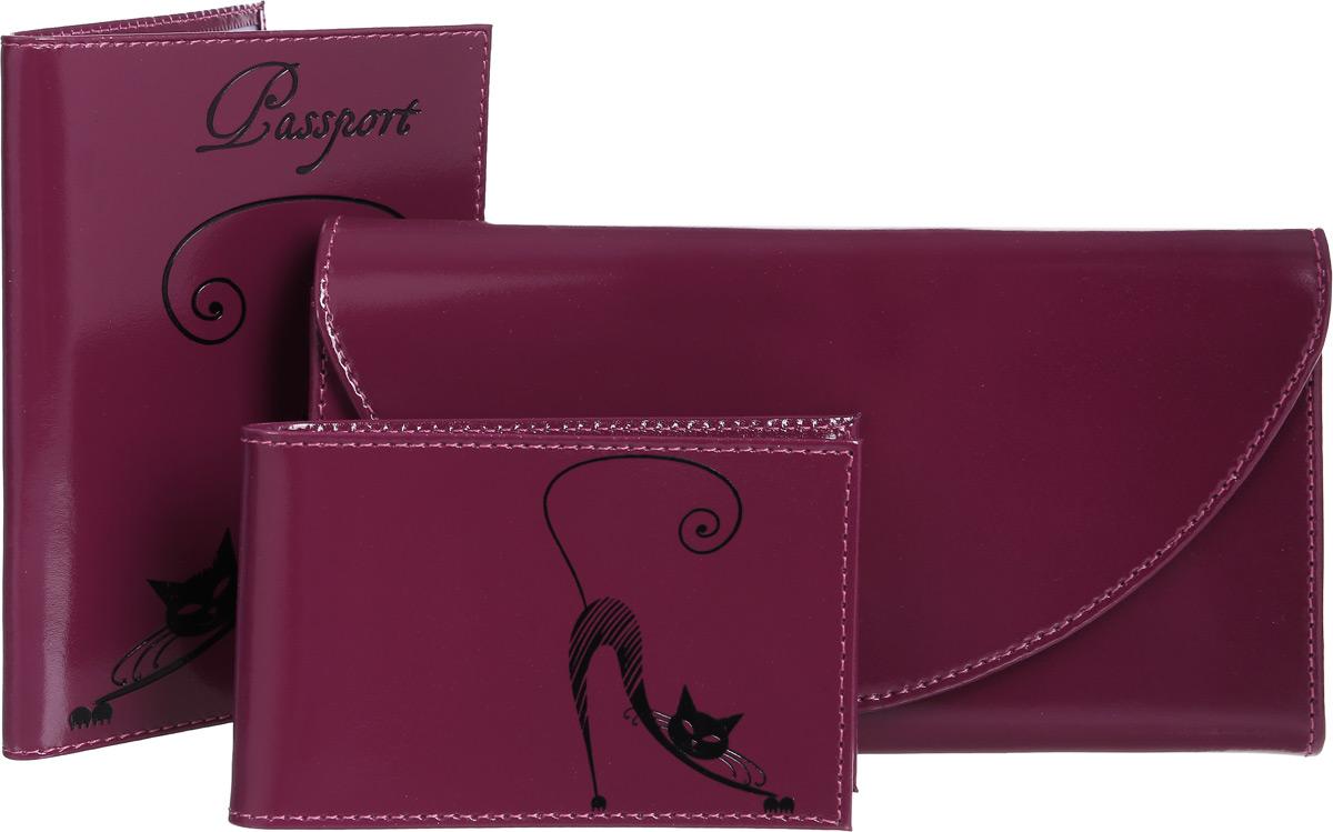 Подарочный набор Befler Изящная Кошка: обложка для паспорта, портмоне, визитница, цвет: фиолетовый. O.31/PJ.66/V.37.-1BM8434-58AEПодарочный набор Befler Изящная Кошка состоит из обложки для паспорта, портмоне и визитницы. Предметы набора выполнены из натуральной кожи фиолетового цвета и украшены декоративным тиснением в виде черной кошки. Обложка внутри имеет два вертикальных кармана из прозрачного пластика с выемкой и два вертикальных кармана из технологичного материала.Портмоне закрывается широким клапаном на кнопку. Внутри имеет два отделения для купюр, глубокий карман для бумаг, шесть кармашков для кредитных карт и карман для мелочи на застежке-молнии. На внешней стороне расположен дополнительный открытый карман для бумаг.Компактная горизонтальная визитница - стильная вещь для хранения визиток. Визитница предназначена для хранения 20 визиток.Подарочный набор Befler Изящная Кошка станет великолепным подарком для человека, ценящего качественные и практичные вещи. Характеристики:Материал: натуральная кожа, текстиль, металл. Размер обложки (в закрытом виде): 9 см x 13,5 см. Размер портмоне: 19 см х 2,5 см х 10 см. Размер визитницы: 11 см х 7 см х 1 см. Цвет: фиолетовый. Артикул: O.31/PJ.66/V.37.-1.violet.Befler является дочерним брендом крупнейшего производителя кожгалантереи - компании Askent, существующей с 1993 года. Сохраняя лучшие традиции и высокую культуру производства компании,изделияпод маркой Befler соответствует самым высоким мировым стандартам. Вся продукция проходит многоступенчатый контроль качества на каждой стадии производства, что позволяет приблизить процент брака к нулю.
