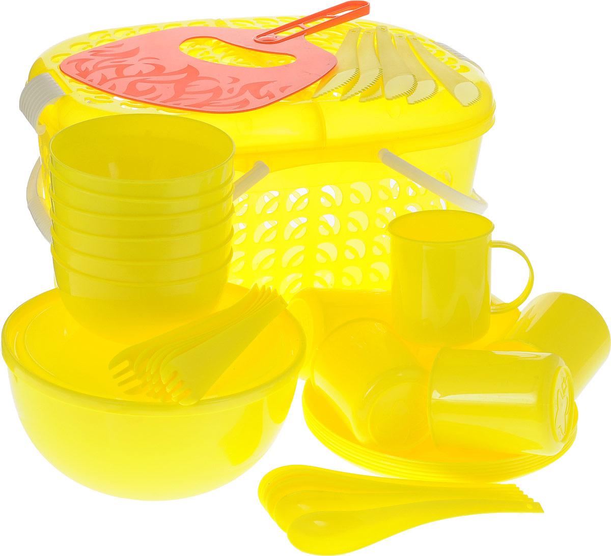 Набор для пикника Plastic Centre, цвет: желтый, красный, 41 предметПЦ1842ЛМННабор для пикника Plastic Centre, выполненный из высококачественного полипропилена, рассчитан на 6 персон. В набор входят корзина-переноска с крышкой, большой салатник с крышкой, веер для раздувания, 6 маленьких салатников, 6 тарелок, 6 кружек, 6 вилок, 6 ложек и 6 ножей. Набор для пикника Plastic Centre - это все, что нужно для организации загородной поездки. Легкую посуду удобно взять с собой. Яркие цвета и привлекательный дизайн создадут уютную атмосферу и дополнят радостные моменты на природе. Прочный пластик подходит для многократного использования. Корзина-переноска скрышкой и удобными ручками позволит вместить не только сам набор, но и еду для пикника. Набор для пикника Plastic Centre обеспечит полноценный отдых на природе для большой компании или семьи. Объем большого салатника: 2,5 л.Диаметр большого салатника (по верхнему краю): 20,5 см.Высота большого салатника: 10 см.Объем маленького салатника: 550 мл.Диаметр маленького салатника (по верхнему краю): 12,5 см.Высота маленького салатника: 6 см.Диаметр тарелки: 20 см.Высота тарелки: 1,5 см.Объем кружки: 200 мл.Диаметр кружки (по верхнему краю): 7,5 см.Высота кружки: 8,5 см.Длина вилки: 18,5 см.Размер рабочей части вилки: 5,5 х 3 см.Длина ложки: 18,5 см.Размер рабочей части ложки: 6 х 3,5 см.Длина ножа: 19 см.Размер рабочей части ножа: 6,5 х 3 см.Размер корзины-переноски (без учета ручек и крышки): 37 х 27 х 21 см.Размер веера для раздува огня: 20 х 30,5 см.