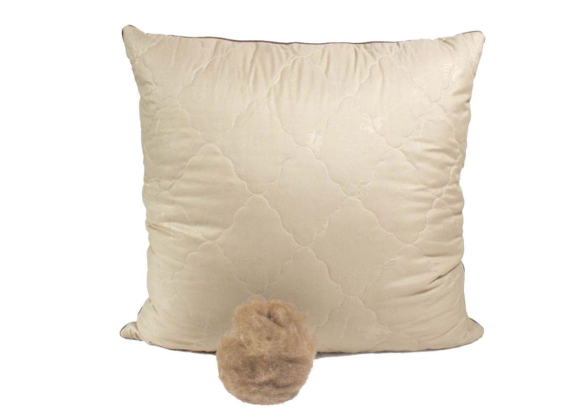 Подушка Peach, средняя, наполнитель: верблюжья шерсть, 70 х 70 смHK 5646 weisСредняя подушка Peach прекрасно подойдет тем, кто спит на спине. Наполнитель чехла выполнен из верблюжьей шерсти. Верблюжья шерсть славится своим прекрасным согревающим эффектом, так как способна долгое время сохранять тепло. Она помогает снять стресс и улучшить сон. Помимо этого, такая шерсть отличается терморегулирующим свойством и гигроскопичностью, то есть отлично пропускает воздух благодаря структуре своих волосков. Наполнитель ядра подушки - силиконизированное волокно (искусственный лебяжий пух). Чехол выполнен из микрофибры (100% полиэстер). Подушка простегана и окантована. Стежка надежно удерживает наполнитель внутри и не позволяет ему скатываться.