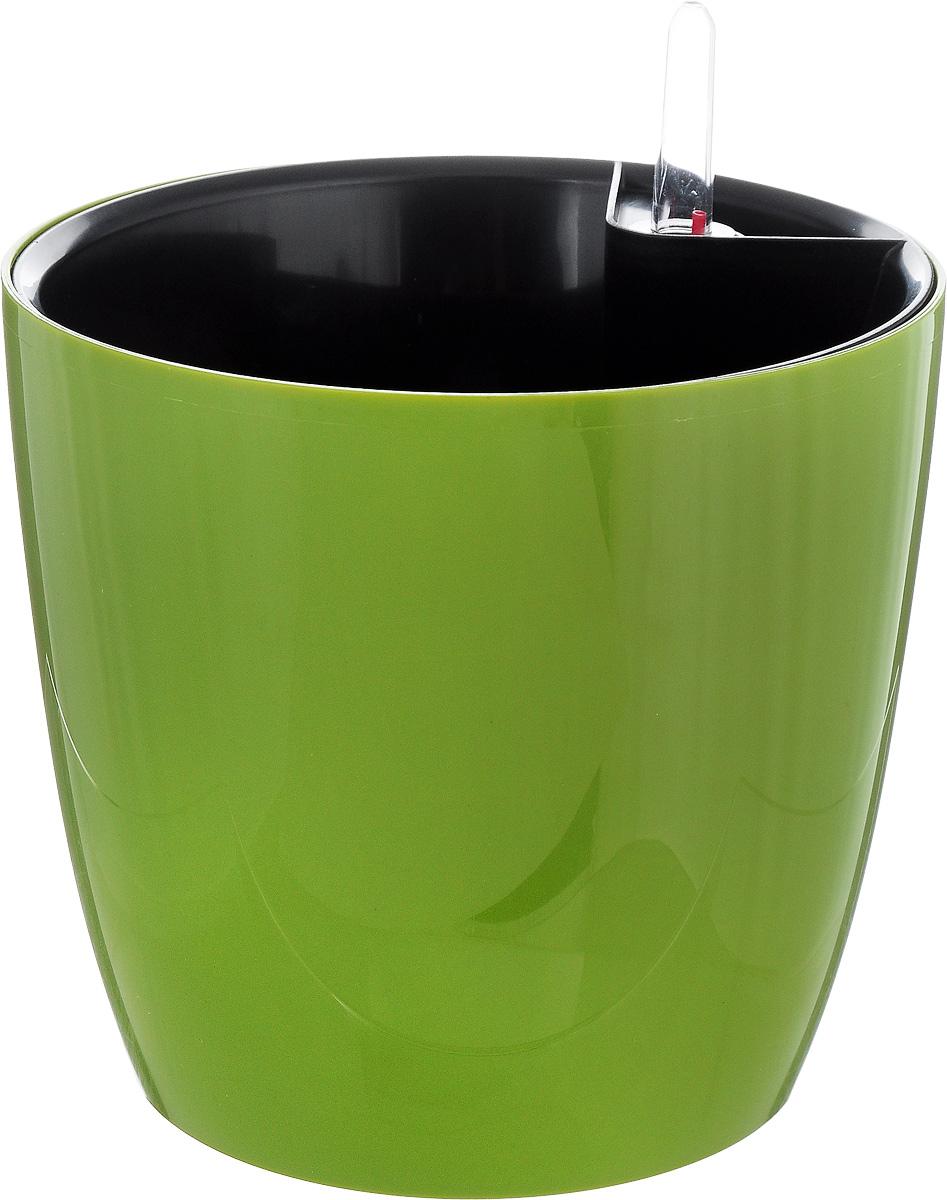 Горшок для цветов Техоснастка Комфорт, с автополивом, цвет: оливковый, 3,5 л531-401Горшок с автополивом Техоснастка Комфорт - настоящая находка для людей, которые любят живые растения, но в силу нехватки времени не могут обеспечить им своевременный полив. Изделие выполнено из высококачественного полипропилена. Система автополива работает по принципу капиллярного поднятия жидкости к корням растения. Устроен такой горшок следующим образом: в основной горшок устанавливается съемный горшок, в котором находятся водовод и земельный субстрат, обеспечивающие доставку воды к корням, сбоку - поливочные отверстия и индикатор уровня воды. В первые недели после посадки растения в горшок вода поливается обычным способом, чтобы земля и корни напитались влагой. Она наливается во внешнюю часть горшка в поливочные отверстия и по фитилю поднимается вверх, увлажняя грунт, одного полива хватает примерно на 2-3 недели (это зависит от растения, времени года и климатических условий окружающей среды). Затем следят за индикацией уровня воды. Растение получает только то количество воды, которое ему необходимо в данный момент. Воду для полива отстаивать не нужно.Капиллярный автополив способствует насыщенному цвету листьев, обильному цветению и быстрому росту. Горшок состоит из нескольких комплектующих: индикатор уровня воды, фитиль-водовод, внутренний съемный горшок, внешний горшок. Размер горшка по верхнему краю: 18 х 18 см. Высота горшка (без учета индикатора воды): 17 см.