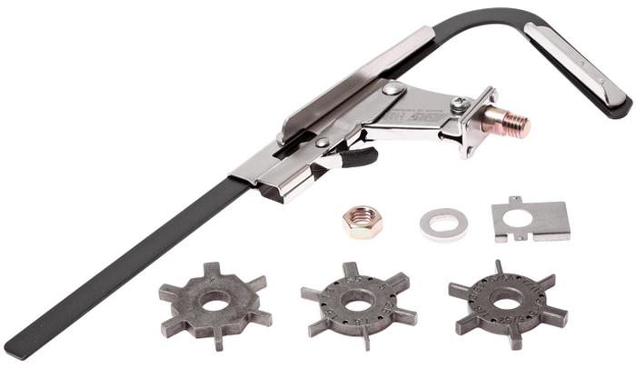 """JTC Приспособление для прочистки поршневых канавок. JTC-1349CA-3505Применяется для очистки канавок под поршневые кольца, значительно упрощает работы. Комплектуется тремя съемными ножами, что значительно упрощает очистку канавок. Острые стальные ножи легко удаляют сажу и нагар из поршневых канавок. Размеры:Лезвие 1:1/16;. 5/64;, 3/32;. 1/8;. 5/32;. 3/16; Лезвие 2: 2, 2.5, 3, 4, 4.5 мм. и 1/4"""". Лезвие 3: 1.2, 1.5, 1.8, 2.8, 5, 5,5 мм.Количество в оптовой упаковке: 12 шт. и 48 шт. Габаритные размеры: 315/150/30 мм. (Д/Ш/В) Вес: 362 гр."""