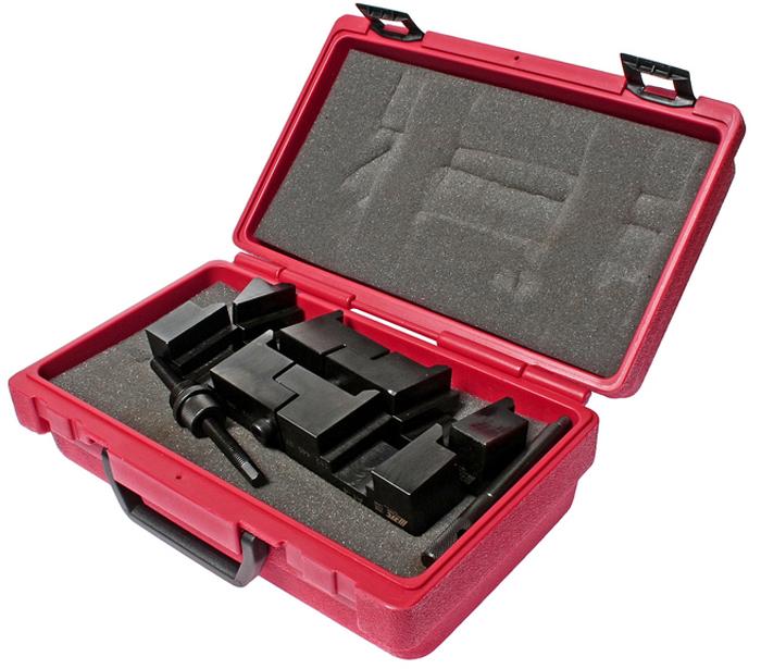 JTC Фиксатор распредвала (BMW M60, M62). JTC-1808CA-3505В комплект входят: фиксатор распредвала (состоящий из двух частей - для впускного и выпускного вала) и фиксирующий штифт. Предназначен для проведения ремонтных работ над распредвалом легковых автомобилей. Рассчитан на работу с автомобилями компании БМВ (BMW) - M60 и M62. Упаковка: прочный переносной кейс. Количество в оптовой упаковке: 4 шт.Габаритные размеры: 300/200/125 мм. (Д/Ш/В) Вес: 4304 гр.