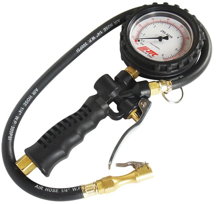 JTC Манометр шинный. JTC-4236JTC-HA600Специально предназначен для точного измерения и регулировки давления в шинах.Манометр с рукоятью и ручным клапаном. Выполняет три функции: проверка давления, сбрасывает давление до нужного значения, накачивает до нужного значения. Большой (80 мм.) датчик, с функцией вращения на 360°.Длина трубки: 600 мм. Прибор обладает легким весом: 630 гр. Погрешность: в диапазоне 30-45 фунт на кв. дюйм: +1 фунт на кв. дюйм, в остальном +-2 фунт на кв. дюйм. Давление: 170psi/12бар (1200кПа). Диапазон измерений: 87 фунт на кв. дюйм/6 бар (600 кПа).Габаритные размеры: 375/195/50 мм. (Д/Ш/В)Вес: 730 гр.