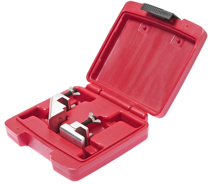 JTC Набор инструментов для гибких поликлиновых ремней. JTC-4850CA-3505Набор инструментов для гибких поликлиновых ремней JTCХарактеристики Применяется для работы с гибкими поликлиновыми ремнями для автомобилей Альфа Ромео (Alfa Romeo), БМВ (BMW), Крайслер (Chrysler), Фиат (Fiat), Форд (Ford), Мерседес (Mercedes-Benz), Ситроен (Citroen), Пежо (Peugeot), Рено (Renault), Фольксваген (Volkswagen), Ауди (Audi), Вольво (Volvo), Сеат (Seat), Смарт (Smart) и др. Набор применяется для быстрого снятия и установки поликлинового ремня.Упаковка: прочный пластиковый кейс. Габаритные размеры: 150/145/45 мм. (Д/Ш/В) Вес: 535 г.