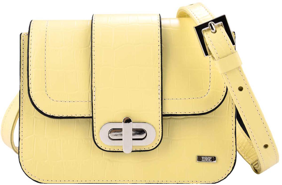 Сумка женская Esse Селеста, цвет: желтый, черныйBM8434-58AEСтильная компактная женская сумка жесткой конструкции Esse Селеста изготовлена из натуральной кожи.Сумка состоит из одного отделения и застёгивается клапаном на замок-вертушку. Отделение содержит нашивной карман для мелочей или телефона. Сумка оснащена несъемным плечевым ремнем регулируемой длины.