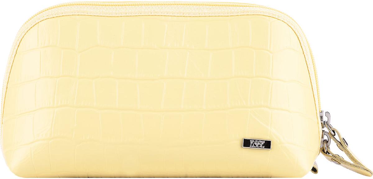 Косметичка женская Esse Претти, цвет: желтый. GPRE00-00ML00-FI818O-K100G39-3 BEIGEКосметичка изготовлена из натуральной кожи. Имеет актуальную вместительную форму. Закрывается на двустороннюю молнию.