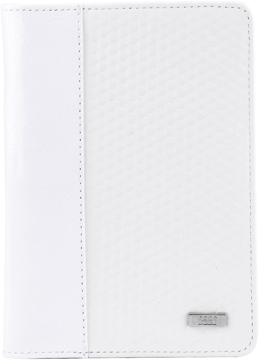 Обложка для паспорта женская Esse Page, цвет: белый, серый. GPGE00-000000-D8303O-K100ADYHA03419-KVJ1Женская обложка для паспорта Esse Page изготовлена из натуральной кожи с фактурной поверхностью и оформлена градиентным эффектом. Внутри расположены боковые карманы для фиксации паспорта и три прорезных кармана для пластиковых карт. Изделие упаковано в фирменную коробку.