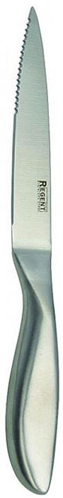 Нож для нарезки овощей Regent Inox Luna, длина лезвия 12,5 смВ1АСК12Нож для нарезки овощей Regent Inox Luna изготовлен из высококачественной нержавеющей стали. Острое прочное лезвие ножа имеет ровную поверхность и выверенный угол заточки. Специальная закалка металла обеспечивает повышенную прочность. Сбалансированность ножа обеспечивает приложение минимальных усилий при резке. Лезвие ножа не впитывает запахи и не оставляет запаха на продуктах.Оригинальная и практичная ручка выполнена из первоклассной нержавеющей стали.Легкий тонкий нож с узким лезвием и плавной зубчатой режущей кромкой. Он великолепно подходит для нарезки овощей и фруктов с неоднородной твердостью, у которых жесткая кожура и мягкая сердцевина: помидоры, огурцы, лимоны и т.п. Такой нож займет достойное место среди аксессуаров на вашей кухне. Характеристики:Материал: нержавеющая сталь 18/10. Общая длина ножа: 22 см. Длина лезвия: 12,5 см. Артикул: 93-HA-5.1.