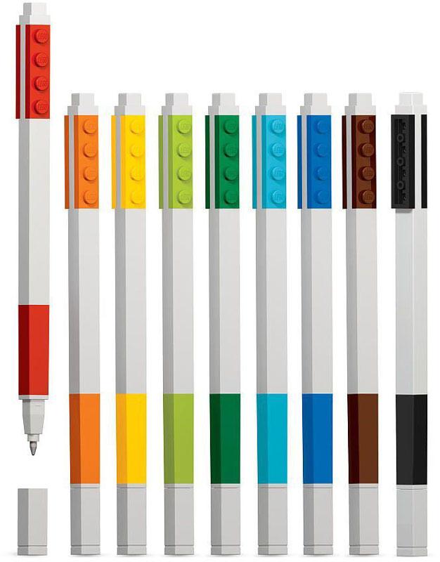 Набор гелевых ручек из уникальной коллекции канцелярских принадлежностей LEGO состоит из девяти цветов (красный, оранжевый, желтый, салатовый, зеленый, голубой, синий, коричневый, черный).Ручки имеют пластиковый корпус с резиновой манжеткой, которая снижает напряжение руки. Ручки обеспечивают легкое и мягкое письмо, чернила быстро высыхают, не размазываются.