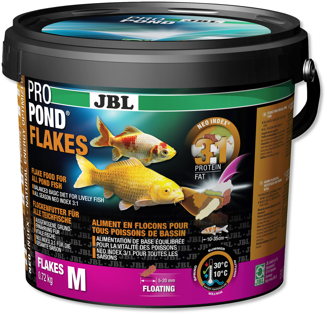Корм JBL ProPond. Flakes M для прудовых рыб среднего размера, плавающие хлопья, 720 г (5,5 л)MSP5612Корм JBL ProPond. Flakes M в виде плавающих хлопьев предназначен для прудовых рыб среднего размера. Это основной корм с правильным соотношением белков и жиров 3:1 по индексу NEO Index, учитывающему температуру воды, функции, размер и возраст питомцев. NEO Индекс буквально означает: натуральное энергетически оптимизированное питание. Если рассматривать с точки зрения времени года, рыбы зимой должны получать вдвое меньше белков (2:1), чем летом (4:1). Однако учитываются не только время года и температура воды, но и размер, и возраст, а также функция корма (например, для роста - ProPond Growth). NEO Индекс сочетает в себе все эти нюансы. Корм содержит пшеницу, гаммарус, лосось, креветки и водоросли для силы и здоровья прудовых рыб (температура воды 10-30°C). Размер корма M (5-20 мм) предназначен для рыб 10-35 см. Плавучие хлопья с 12% белка, 4% жира, 1% клетчатки, а также 2% золы. Основной корм в закрывающемся, практичном, непрозрачном, водонепроницаемом пластиковом ведре для лучшего качества.Товар сертифицирован.