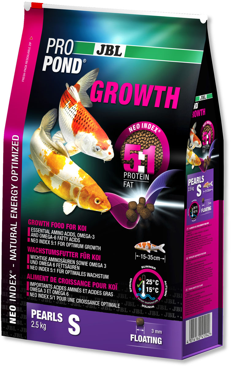 Корм JBL ProPond. Growth S для активного роста карпов кои небольшого размера, плавающие гранулы, 2,5 кг (6 л)JBL4129400Корм JBL ProPond. Growth S в виде плавающих гранул предназначен для активного роста карпов кои небольшого размера. Это основной корм с правильным соотношением белков и жиров 5:1 по индексу NEO Index, учитывающему температуру воды, функцию, размер и возраст рыб. NEO Индекс буквально означает: натуральное энергетически оптимизированное питание. Если рассматривать с точки зрения времени года, рыбы зимой должны получать вдвое меньше белков (2:1), чем летом (4:1). Однако учитываются не только время года и температура воды, но и размер, и возраст, а также функция корма (например, для роста - ProPond Growth). NEO Индекс сочетает в себе все эти нюансы. Корм содержит лосось, креветки, спирулину, рыбий жир для оптимального роста (при температуре воды 15-25°С). Размер корма S (3 мм) предназначен для рыб 15-35 см. Плавучие гранулы с 46% белка, 10% жира, 2% клетчатки и 10% золы. Корм в виде гранул для роста хранится в закрывающемся, воздухо-, водо- и светонепроницаемом пакете для лучшего качества. Товар сертифицирован.