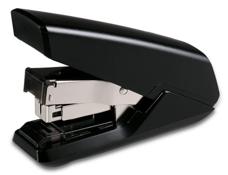 KW-Тrio Степлер Atomo 35 листов цвет черный5631blackНастольный степлер KW-Тrio Atomo эргономичного дизайна с металлическим механизмом обеспечит качественное скрепление документов.KW-Тrio степлер Atomo выполнен в черном цвете. Сшивает до 35 листов бумаги плотностью 80гр/м2. Функция плоского подгиба скобы. Подходят скобы 24/6, 26/6. Глубина прошивки 45 мм. Встроенный антистеплер. Технология снижения усилий. Практичный дизайн, позволяющий хранить степлер как в вертикальном, так и в горизонтальном положении.