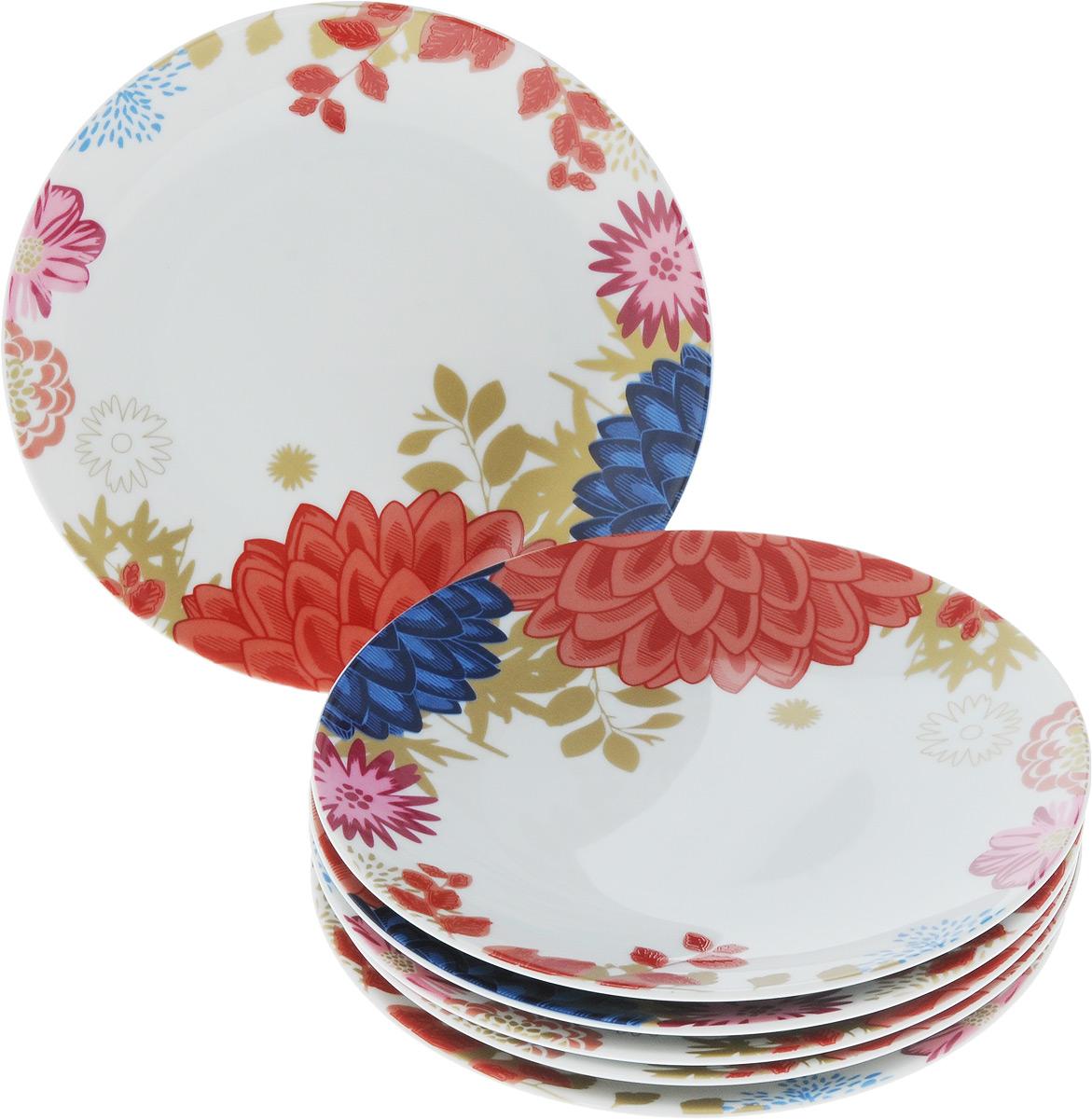 Набор тарелок La Rose des Sables Ilionor, диаметр 21 см, 6 штVT-1520(SR)Набор La Rose des Sables Ilionor состоит из 6 мелких тарелок. Посуда выполнена из высококачественного тунисского фарфора, изготовленного из уникальной белой глины.Особые свойства этой глины, открытые еще в 18 веке, позволяют создать удивительно тонкую, легкую и при этом прочную посуду. Благодаря двойному термическому обжигу фарфор обладает высокой ударопрочностью, стойкостью к сколам и трещинам, жаропрочностью и великолепным блеском глазури.Коллекция Ilionor - это яркий пример посуды в современном стиле, дополненной разноцветной эмалью. Прекрасный вариант как для праздничной, так и для повседневной сервировки стола. Рекомендуется использовать в СВЧ печи и мыть в посудомоечной машине.Диаметр тарелки: 21 см. Высота тарелки: 2,5 см.