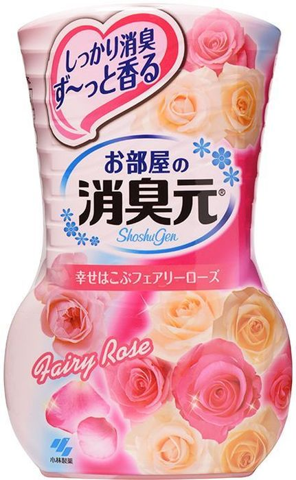 Дезодорант для комнаты Kobayashi Oheyano Shoshugen, жидкий, с ароматом розы, 400 мл106-026Устраняет неприятные запахи, наполняет комнату сладким и лёгким ароматом розы, создавая ощущение огромного и красивого букета свежесрезанных роз. Бумажный фильтр позволяет регулировать интенсивность аромата. Способ использования: Снимите внешнюю защитную пленку по линии отрыва. Снимите внешнюю крышку. Открутите крышку, поднимите бумажный фильтр (интенсивность аромата можно регулировать высотой фильтра). Внимание при использовании: Используйте строго по назначению. Не для приёма внутрь. Если вы случайно проглотили содержимое средства, сразу же запейте его большим количеством воды; при ухудшении самочувствия обратитесь к врачу. Если содержимое средства попало на кожу рук, хорошо смойте его водой. Если содержимое средства попало на какую-либо поверхность (мебель, пол и т.д.), сразу же протрите поверхность. При попадании средства в глаза, следует немедленно промыть глаза в проточной воде в течение 15 минут. Условия хранения: Не ставьте в места с высокой температурой, избегайте действия прямых солнечных лучей. Храните в местах, недоступных для детей маленького возраста. Срок действия: от 1,5 до 3 месяцев в зависимости от условий помещения. Применение: для жилых помещений Состав: амфотерные ПАВ, парфюмерная отдушка, ПАВ (неионные, анионные), краситель.