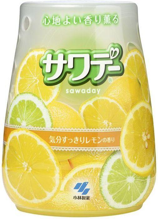 Освежитель воздуха для туалета Kobayashi Sawada, с ароматом лемонграсса, 140 г68/5/1Освежитель избавляет помещение от неприятных запахов. Гелевый стержень внутри корпуса наполняет туалетную комнату свежим ароматом цитрусовых. Способ использования: поставьте упаковку освежителя на ровную поверхность; поверните верхнюю часть корпуса против часовой стрелки и поднимите её. Для замены содержимого корпуса снимите верхнюю часть корпуса, удалите использованный стержень и установите новый. Внимание при использовании: Используйте строго по назначению. Не употреблять в пищу. Избегать замораживания. Если вы случайно проглотили содержимое освежителя, запейте большим количеством воды и обратитесь к врачу. Храните в недоступных для детей местах. Срок действия: 1-2 месяца в зависимости от условий помещения Состав: парфюмерная отдушка, амфолитные ПАВ-деодорант, ПАВ (неионогенные, анионные) краситель, гелеобразующий компонент.