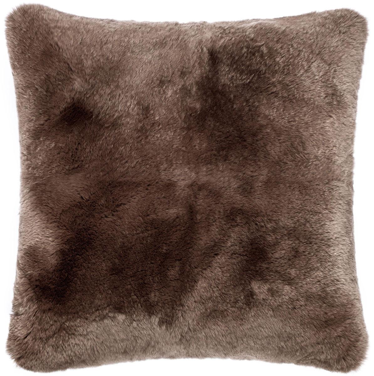Подушка декоративная Togas Фостер, цвет: коричневый, 40 х 40 см531-401Декоративная подушка Фостер. Цвет: коричневый.Состав: 100% мех рекс, замша. Комплектация: декоративная наволочка - 1, подушка - 1. Размер:40 x 40 см. Уход: не стирать, не отбеливать, не гладить, сухая чистка, не сушить.