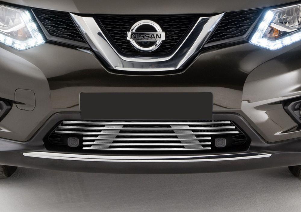 Решетка бампера Rival для Nissan X-trail 2015-, без передних парктроников111.05769.1_для Toyota Rav 4Стильная решетка бампера Rival придает Вашему автомобилю индивидуальность и выделяет его в насыщенном городском потоке, защищает радиатор от повреждений.- Произведена из высококачественной нержавеющей стали (марка AISI 304, толщина стенки 1,5 мм, диаметр трубочек 10 мм) обеспечивает долговечную эксплуатацию. - Гарантия на сквозную коррозию и на целостность сварных швов - 5 лет.- Использование электроплазменной полировки позволяет добиться качественной равномерной зеркальной поверхности.- Простая установка в штатные места крепления не требует сверления и дополнительной доработки автомобиля. Установка занимает не более 15 минут.- Продукт сертифицирован, нет проблем с постановкой на учет.- Производство на высокоточном оборудовании позволяет изготовить индивидуальный продукт с высокой точностью повторения геометрии автомобиля.- В комплекте крепеж и инструкция по установке.Совместимость с дополнительным оборудованием и аксессуарами Rival и с большинством оригинальных аксессуаров.