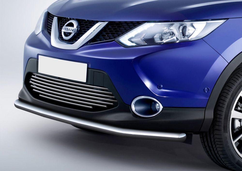 Решетка бампера Rival для Nissan Qashqai 2013-AdvoCam-FD-ONEСтильная решетка бампера Rival придает Вашему автомобилю индивидуальность и выделяет его в насыщенном городском потоке, защищает радиатор от повреждений.- Произведена из высококачественной нержавеющей стали (марка AISI 304, толщина стенки 1,5 мм, диаметр трубочек 10 мм) обеспечивает долговечную эксплуатацию. - Гарантия на сквозную коррозию и на целостность сварных швов - 5 лет.- Использование электроплазменной полировки позволяет добиться качественной равномерной зеркальной поверхности.- Простая установка в штатные места крепления не требует сверления и дополнительной доработки автомобиля. Установка занимает не более 15 минут.- Продукт сертифицирован, нет проблем с постановкой на учет.- Производство на высокоточном оборудовании позволяет изготовить индивидуальный продукт с высокой точностью повторения геометрии автомобиля.- В комплекте крепеж и инструкция по установке.Совместимость с дополнительным оборудованием и аксессуарами Rival и с большинством оригинальных аксессуаров.